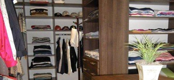 walk-in-closet